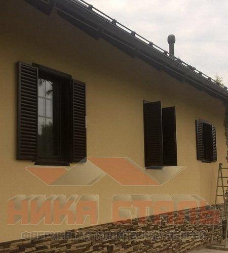 Металлические ставни жалюзи на окна для дачи