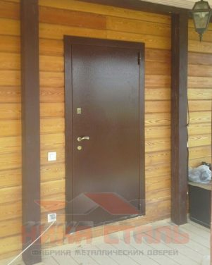 Металлические двери для дачи