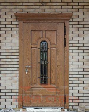 Входные двери в коттедж и дом