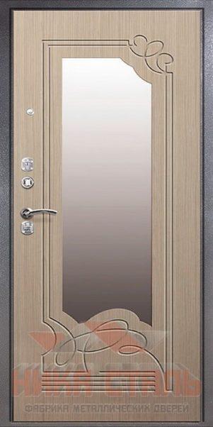 стальная дверь в квартиру с зеркалом