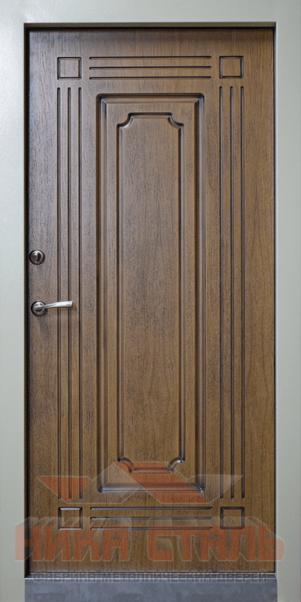 Входная дверь в коттедж с терморазрывом