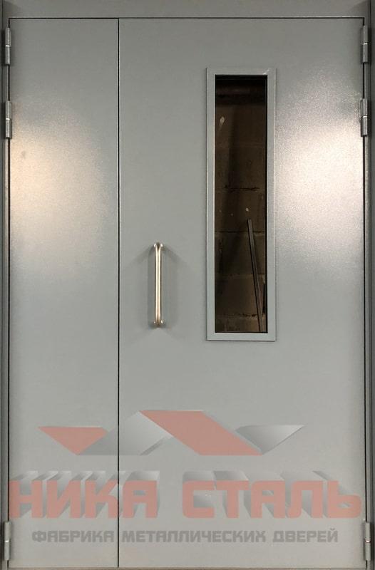 Металлическая дверь на этаж