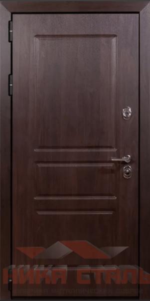 Квартирная дверь с зеркалом